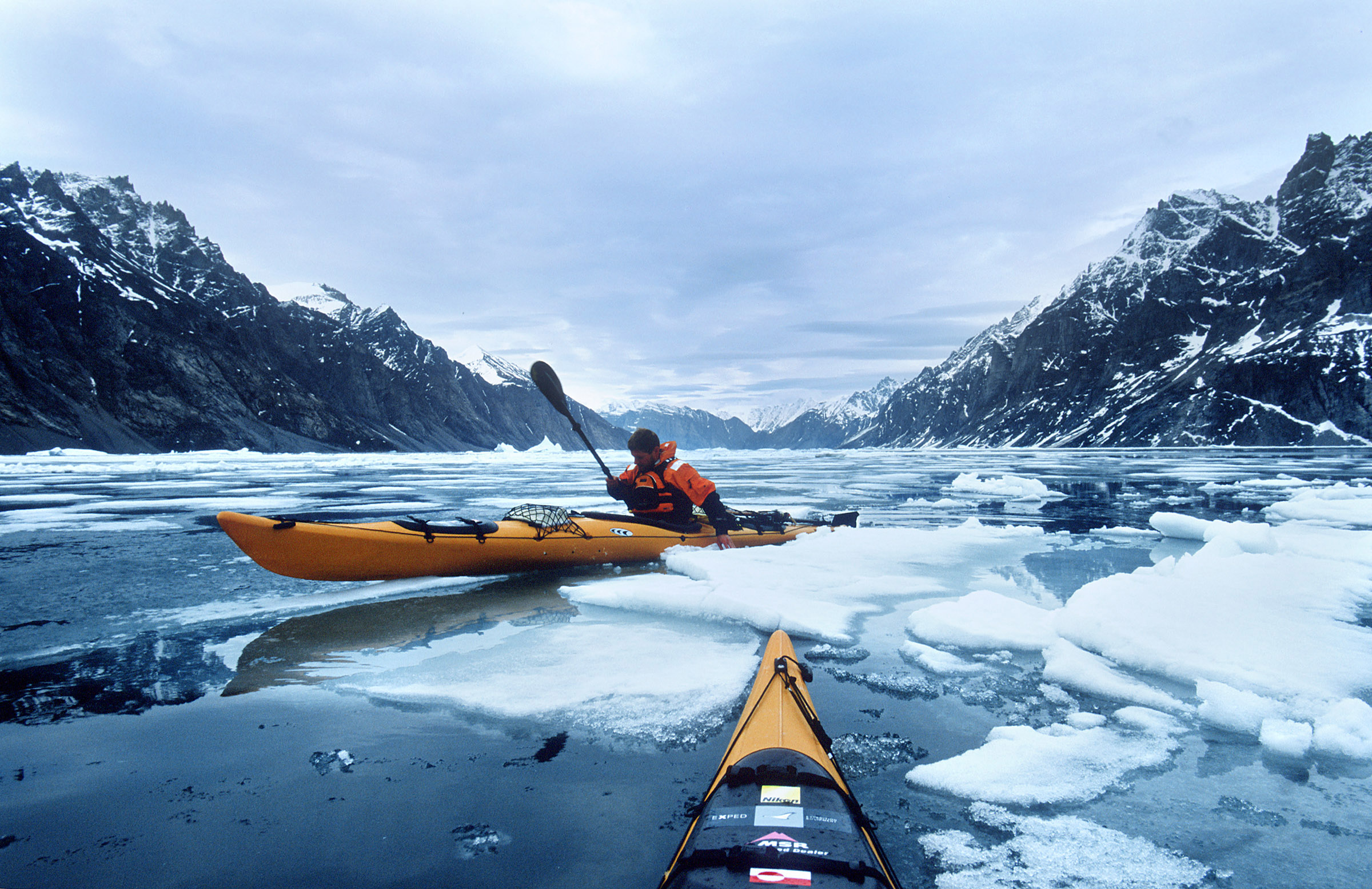 greenland-pack-ice-sea-kayak